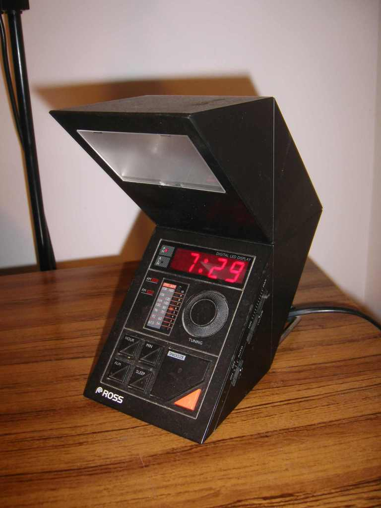 The 80s electronica clock!