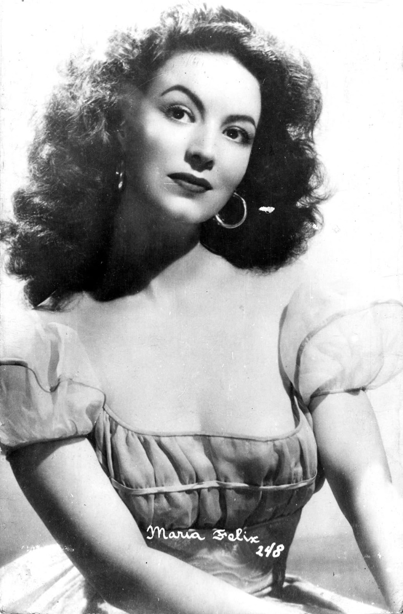 Was Maria Felix the Inspiration for H. Walter's Ilonka?